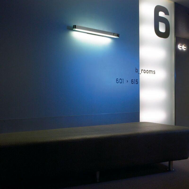 Leds-C4 HALF 492-CR fali lámpa króm üveg