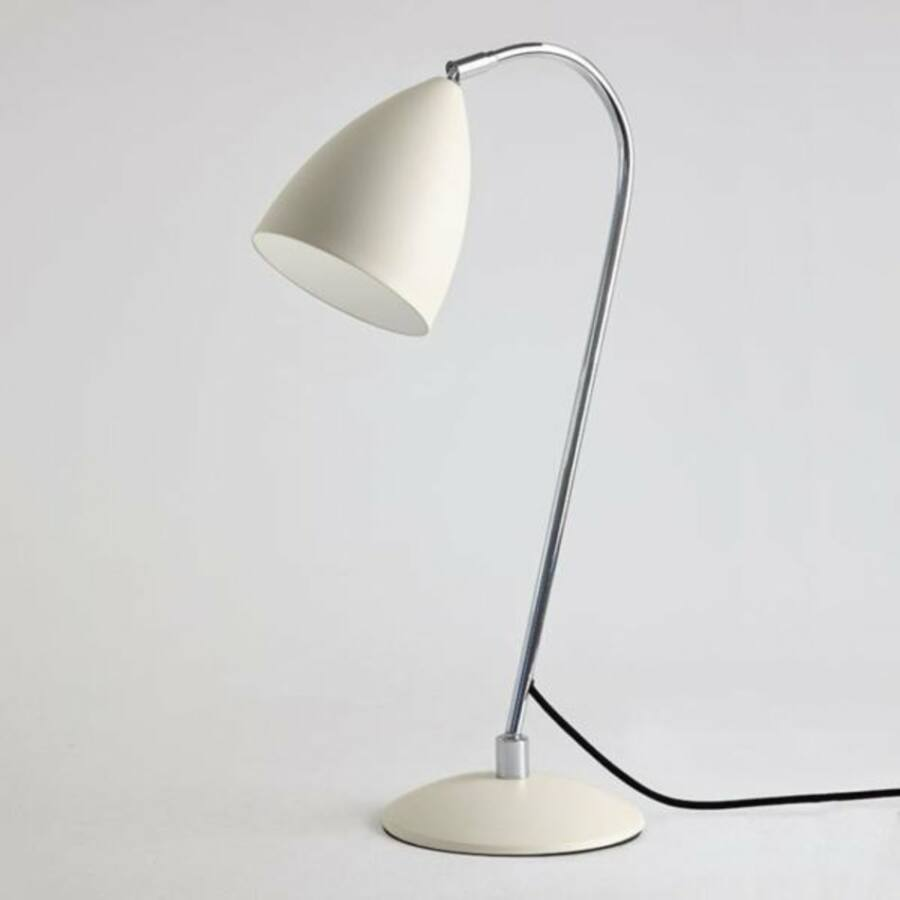 Astro Joel 1223003 Éjjeli asztali lámpa fehér krém 1 x 42W Max E27/ES 55 x 18 x 47 cm